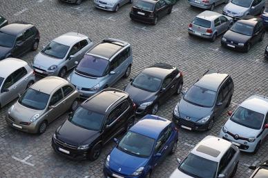 parking-825371_640.jpg